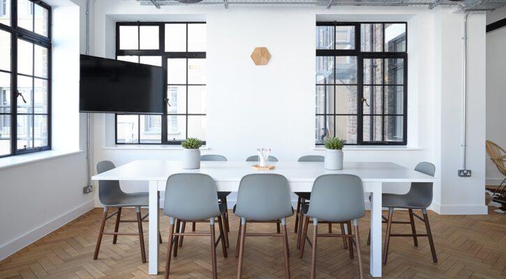 Značkový kancelářský nábytek