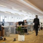 Zástěny do kanceláří – jak rozdělit open space a nejen opticky oddělit
