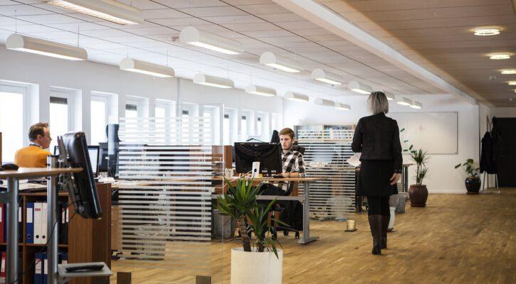 Zástěny do kanceláří