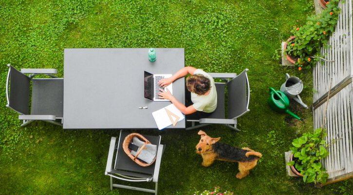 Zahradní kancelář: Užijte si více času doma a méně na cestě do práce