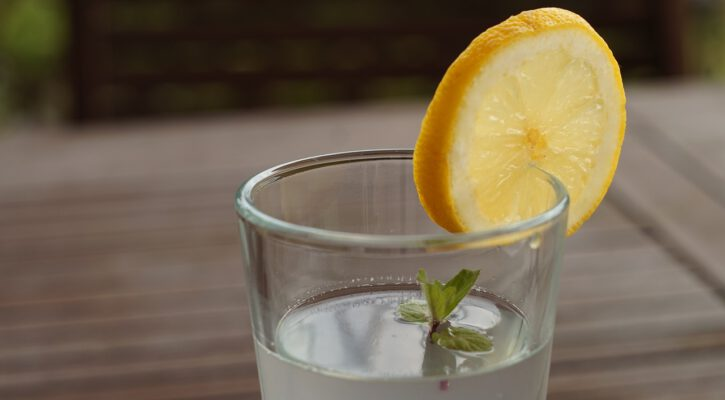 čistá voda na pití